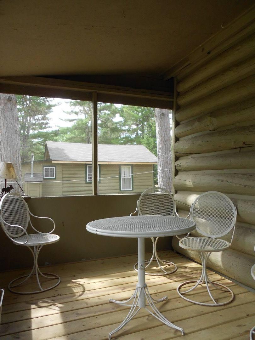 Cottage Eight