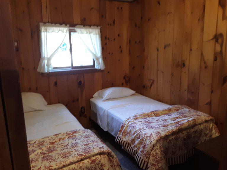 Cabin 8 bedroom 3