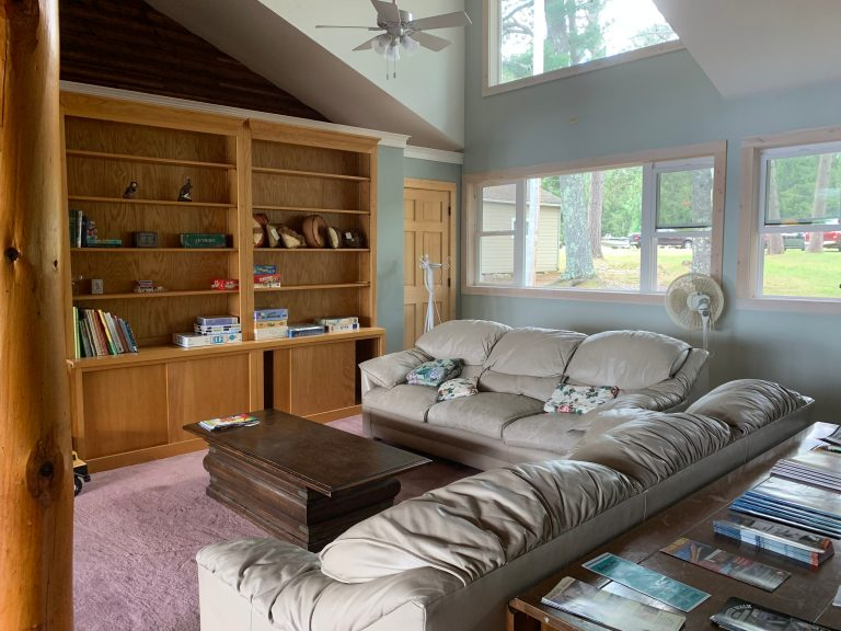Lodge gathering room