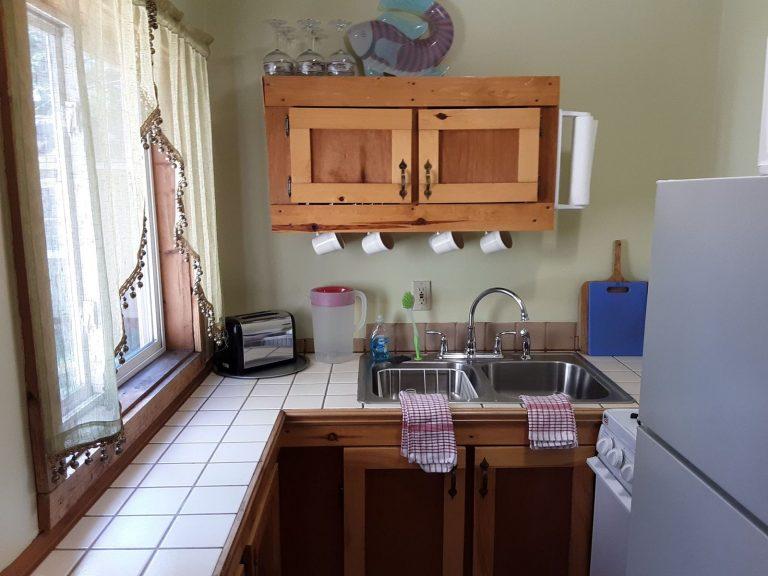 cabin 2 kitchen correct