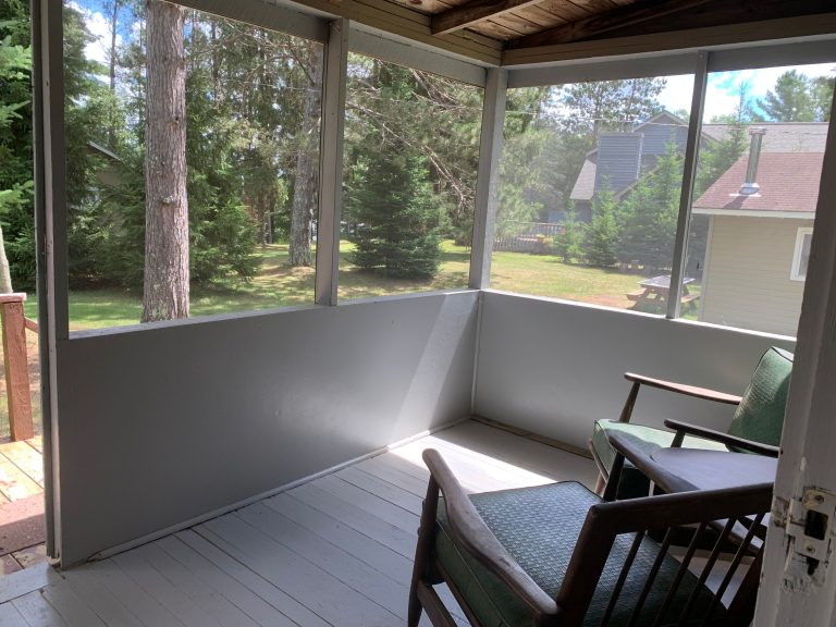 cabin 7 porch